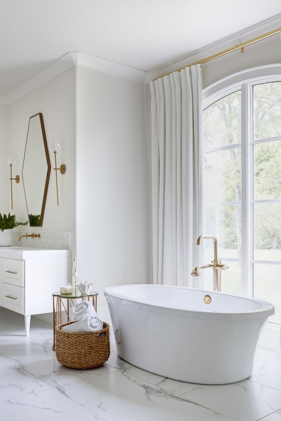 Serene Master Ensuite Bathroom